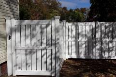 Tupelo Vinyl Fence